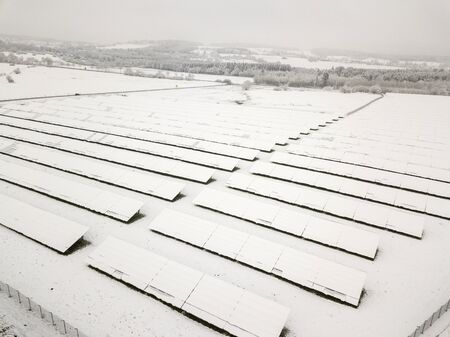 How to Maintain Your Solar Panels in Winter